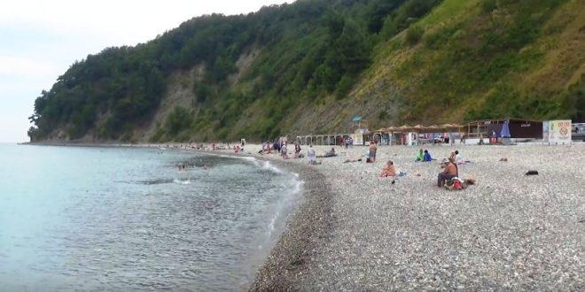 Приморский пляж в Туапсе